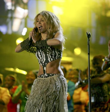 Shakira performs at the kick-off ceremony