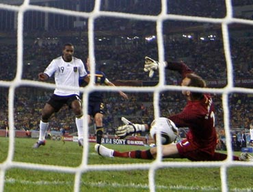 Cacau scores for Germany