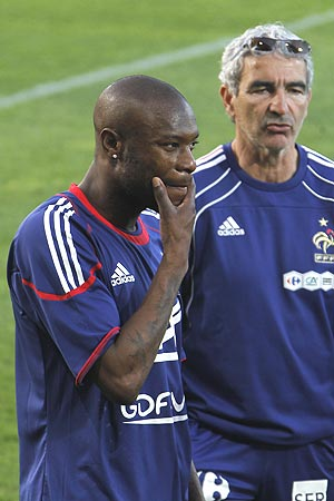 william gallas and Raymond Domenech