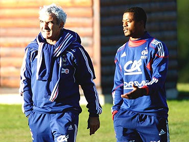 Raymond Domenech and Patrice Evra get into a confrontation