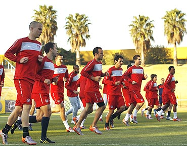 Players of the US team go through the paces at a training session