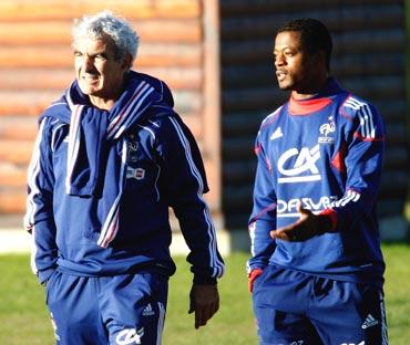Raymond Domenech (left) and Patrice Evra