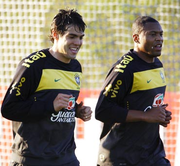 Baptista and Kaka during a training session