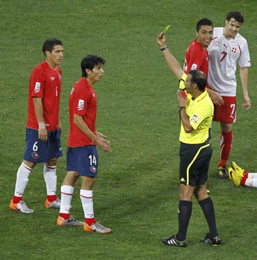 Matias Fernandez gets a card