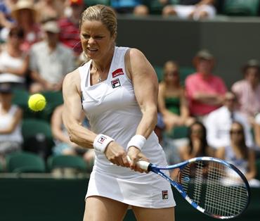 Clijsters hits a return to Kirilenko