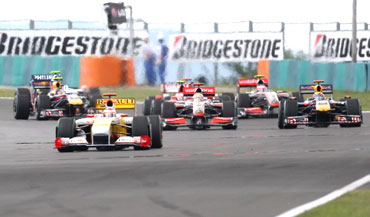 Action from the Hungarian F1 Grand Prix
