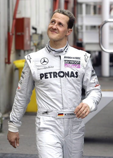 Michael Schumacher returns to F1 circuit