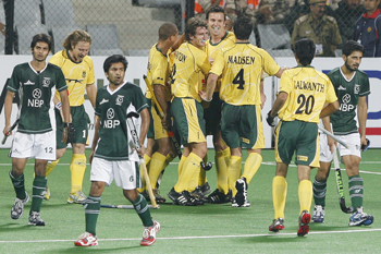 South Africa's players celebrate their third goal agaisnt Pakistan
