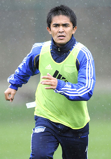 Indian footballer Sunil Chetri's recent move to play for Kansas Wizards in US is proof of India's growth in the sport