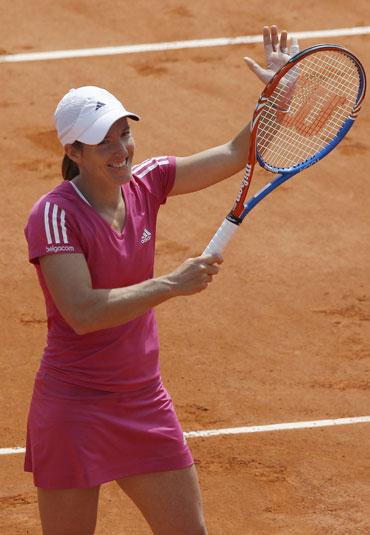 Justine Henin beat Tsvetana Pironkova