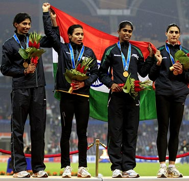 Images: India record best-ever...