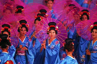 Performers do a traditional Japanese dance