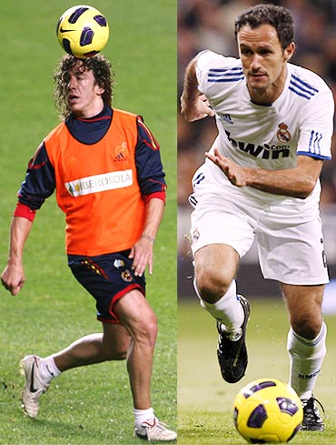 Carles Puyol (left) with Ricardo Carvalho