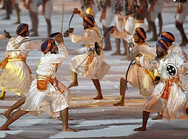 Artistes perform during the Commonwealth Games closing ceremony