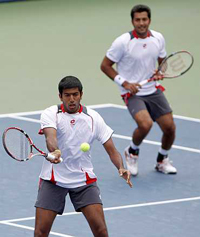 Aisam Qureshi (right) and Rohan Bopanna