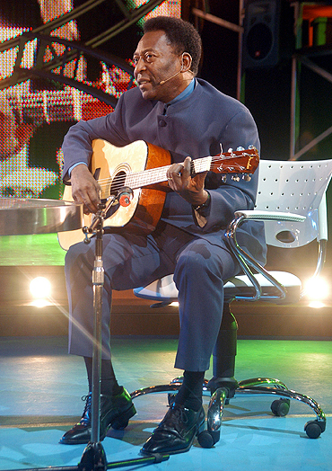 Pele performs on the 'La Noche del Diez' (The Night of Number 10), show in Buenos Aires in 2005