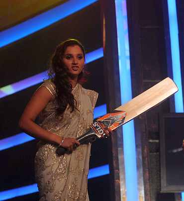 Sania Mirza at the Sahara India function