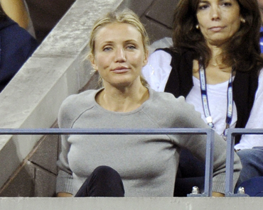 Actress Cameron Diaz watches Roger Federer in action