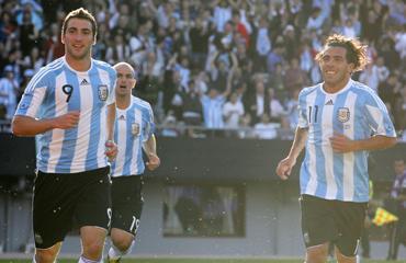 Gonzalo Higuain and Carlos Tevez