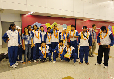 Indian women's boxing team that returned from Barbados received by IABF Officials