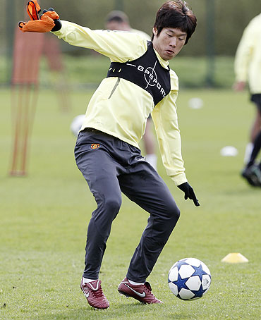 Manchester United's Park Ji-Sung at training