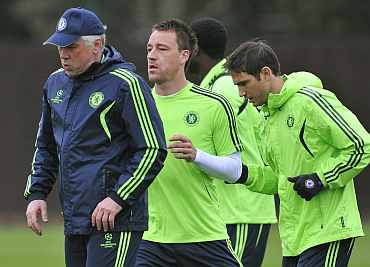 Carlos Ancelotti with John Terry and Frank Lampard