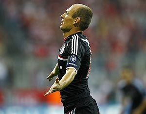 Bayern Munich's Arjen Robben celebrates his goal against FC Zurich during their Champions League play-off first leg tie in Munich on Wednesday