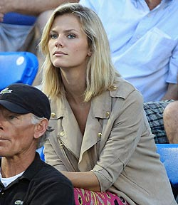 Actress Brooklyn Decker watches her husband Andy Roddick