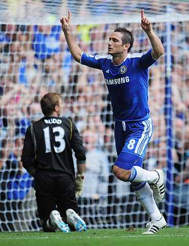 Frank Lampard celebrates after scoring against Norwich City