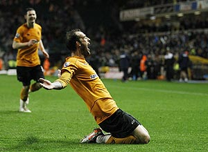 Wolverhampton Wanderers's Steven Fletcher celebrates his second goal against Sunderland