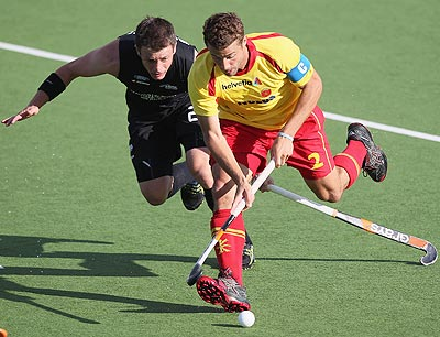 Shea McAleese of New Zealand (left) and Santi Freixa of Spain in action during their match