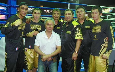 Serik Kassymov (in white) with Astana Arlans' boxers
