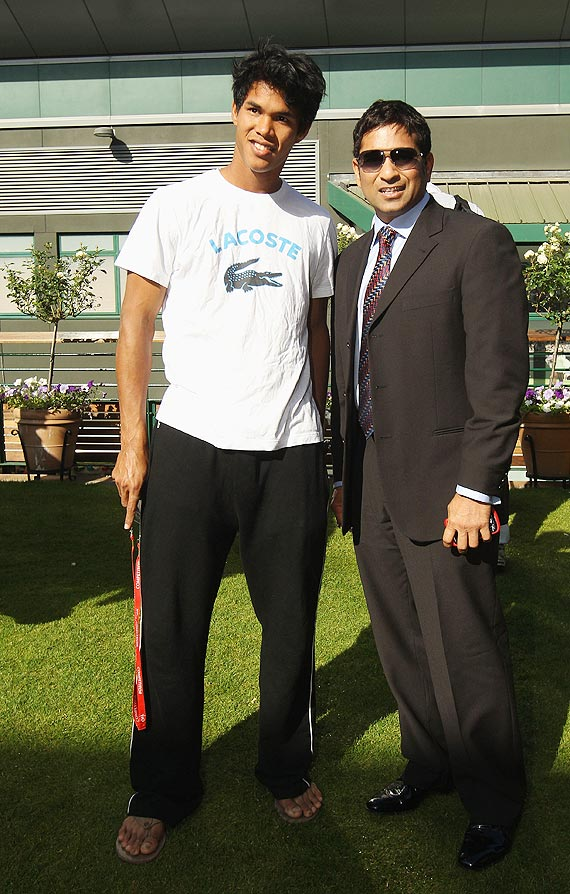Somdev Devvarman with Sachin Tendulkar