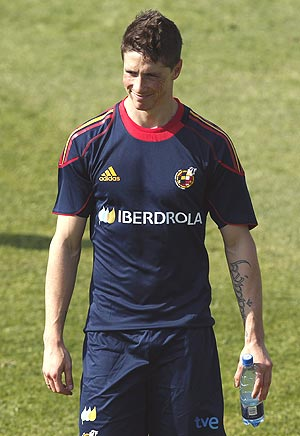 Fernando Torres Torres could face Liverpool in a blue Chelsea shirt on
