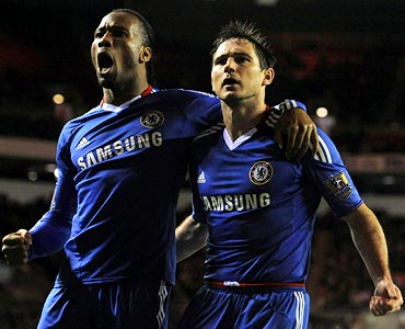 Chelsea's Frank Lampard (right) with Didier Drogba