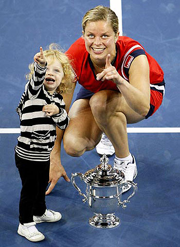 Kim Clijsters with her daughter Jada after winning the 2010 US Open tournament