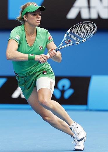 Kim Clijsters returns to Agnieszka Radwanska on Wednesday
