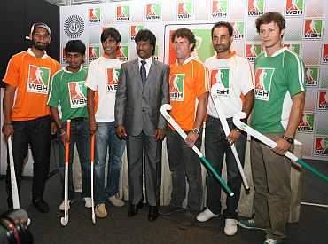 Sardara Singh, Arjun Halappa, Adrian D'souza, ex-Olympian Dhanraj Pillay, Brent Livermore, Prabhjot Singh and Rodrigo Garza