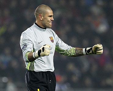 Barcelona's goalkeeper Victor Valdes