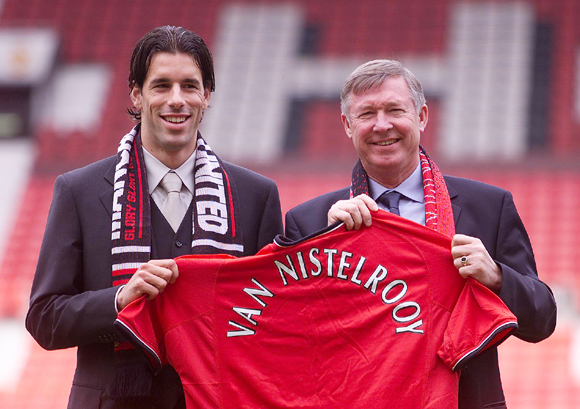 Alex Ferguson welcomes new signing, Ruud Van Nistelrooy to Manchester United at Old Trafford