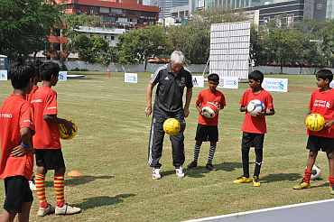 Ian Rush trains kids in Mumbai