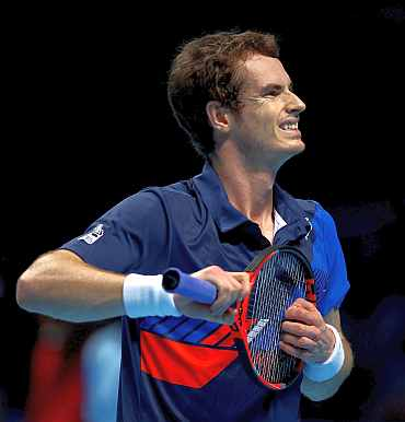 Andy Murray reacts during his match against David Ferrer