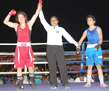 Mary Kom (left)