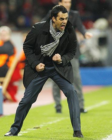 Bayer Leverkusen's coach Robin Butt