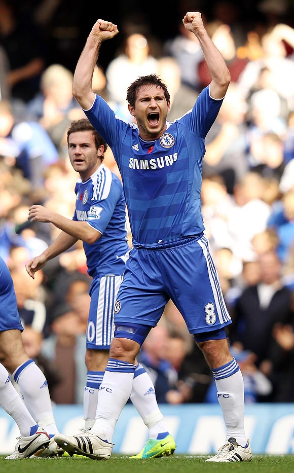 Frank Lampard of Chelsea celebrates after scoring against Arsenal