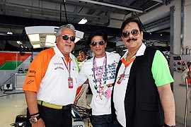 Vijay Mallya (left), Shahrukh Khan and Subrata Roy (right)