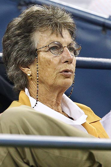 Former English tennis player Virginia Wade watches Andy Murray in action against Feliciano Lopez