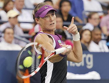 Samantha Stosur returns to Angelique Kerber during the semi-final match at the US Open on Saturday