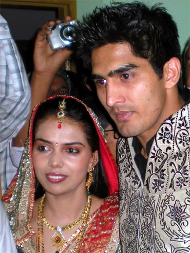 Vijender Singh with his wife Archana