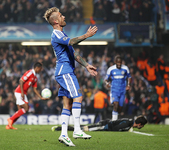 Raul Meireles of Chelsea celebrates his goal against Benfica on Wednesday